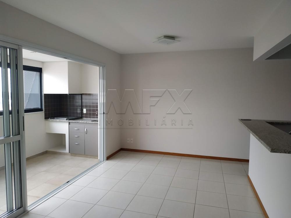 Bauru Apartamento Locacao R$ 2.000,00 Condominio R$550,00 3 Dormitorios 1 Suite Area construida 85.00m2