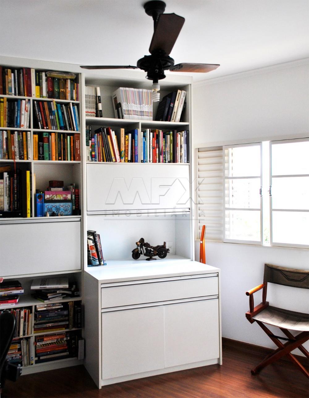 Comprar Apartamento / Padrão em Bauru R$ 320.000,00 - Foto 2