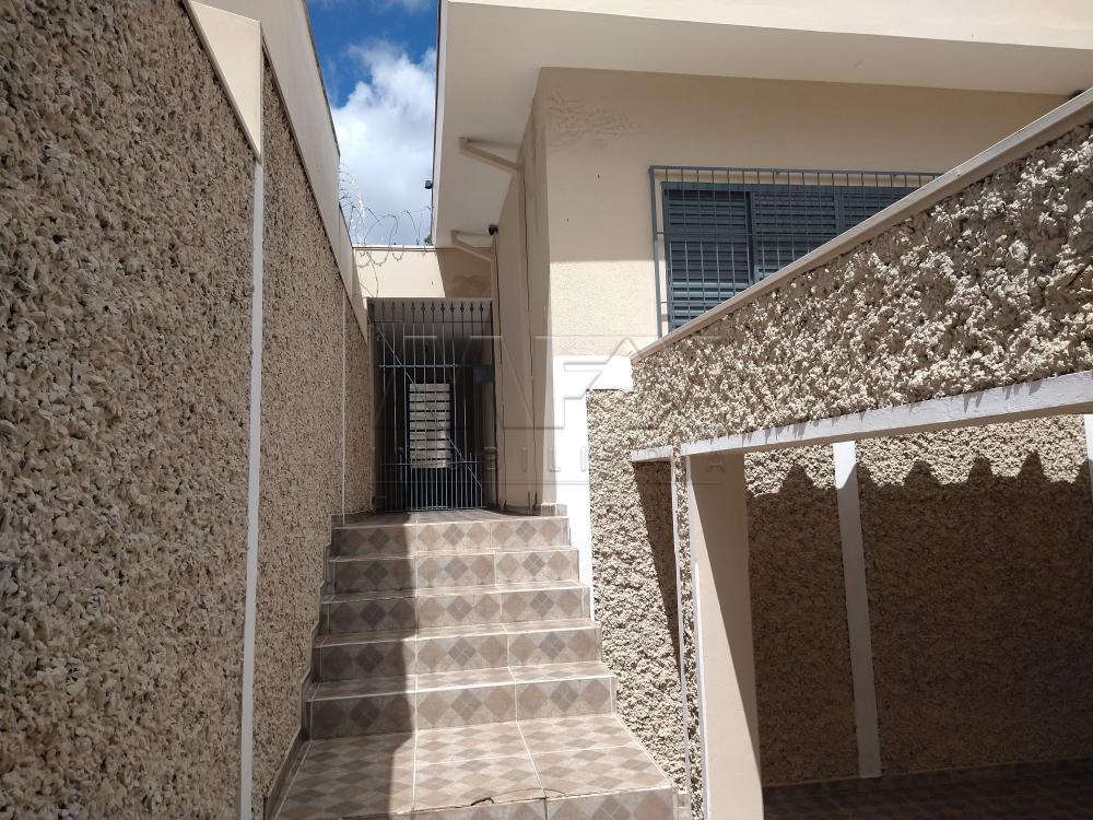 Alugar Casa / Padrão em Bauru R$ 1.500,00 - Foto 2