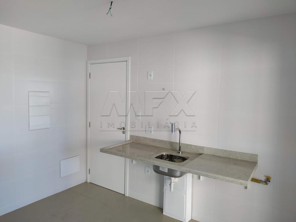 Alugar Apartamento / Padrão em Bauru R$ 3.500,00 - Foto 2