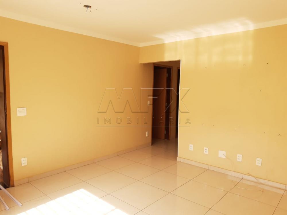 Alugar Casa / Padrão em Bauru R$ 1.390,00 - Foto 4