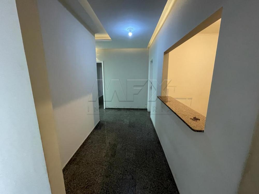 Alugar Comercial / Ponto Comercial em Bauru R$ 4.500,00 - Foto 2