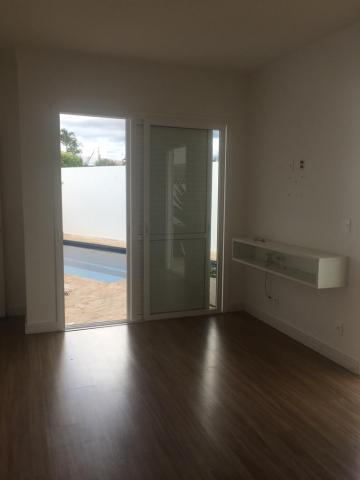 Casa / Condomínio em Piratininga , Comprar por R$850.000,00
