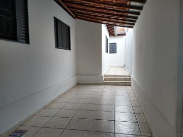 Casa / Padrão em Bauru Alugar por R$1.200,00