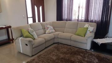 Alugar Casa / Condomínio em Bauru. apenas R$ 900.000,00