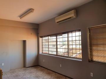 Casa / Sobrado em Bauru Alugar por R$2.500,00
