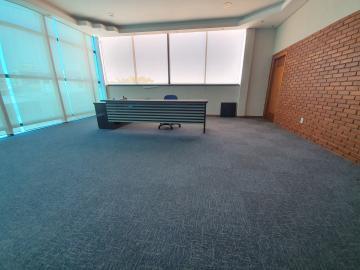 Alugar Comercial / Prédio em Bauru R$ 30.000,00 - Foto 5