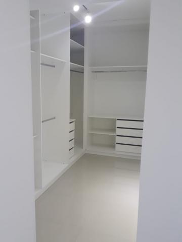 Alugar Casa / Condomínio em Bauru. apenas R$ 1.400.000,00