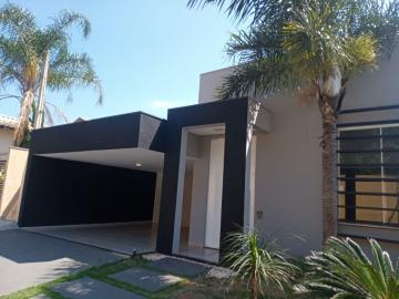 Casa / Condomínio em Piratininga , Comprar por R$650.000,00
