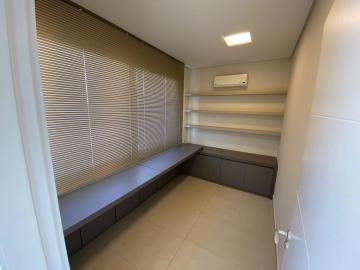 Casa / Condomínio em Bauru