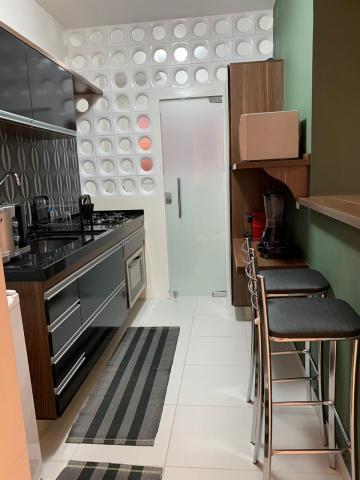 Apartamento / Padrão em Bauru , Comprar por R$370.000,00
