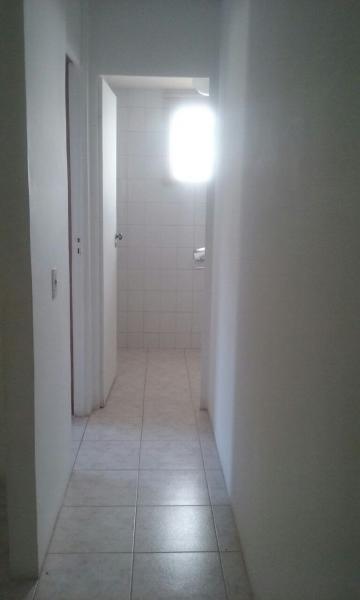 Alugar Apartamento / Padrão em Bauru. apenas R$ 130.000,00