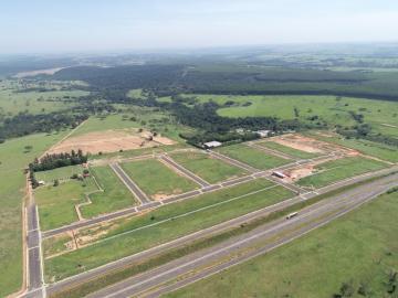 Alugar Terreno / Condomínio em Arealva. apenas R$ 250.000,00