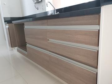 Alugar Apartamento / Padrão em Bauru. apenas R$ 2.300,00