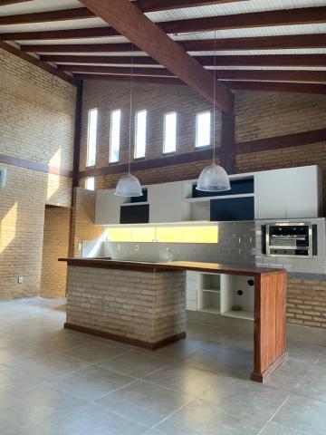 Casa / Condomínio em Piratininga , Comprar por R$800.000,00