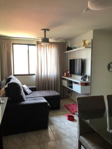 Alugar Apartamento / Padrão em Bauru. apenas R$ 190.000,00