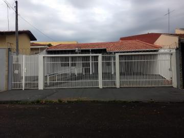 Alugar Casa / Padrão em Bauru. apenas R$ 380.000,00