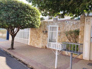 Alugar Casa / Padrão em Bauru. apenas R$ 1.100.000,00