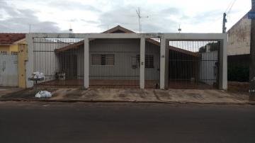 Alugar Casa / Padrão em Bauru. apenas R$ 285.000,00