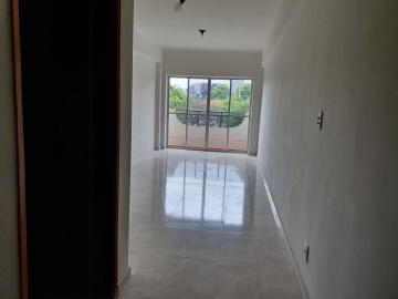 Alugar Apartamento / Padrão em Bauru. apenas R$ 900,00
