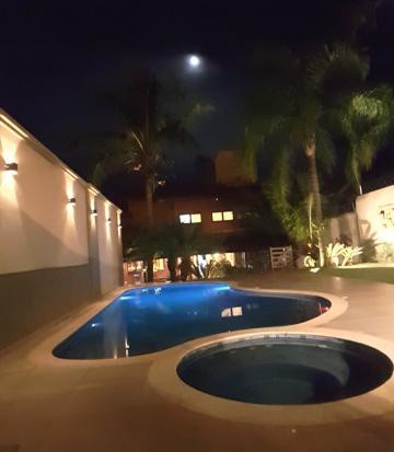 Alugar Casa / Padrão em Agudos. apenas R$ 2.000.000,00