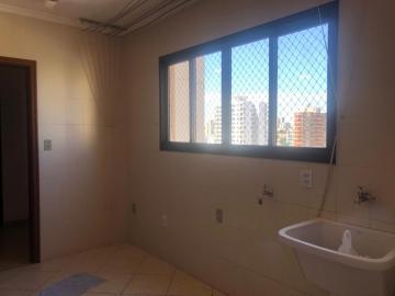 Alugar Apartamento / Padrão em Bauru R$ 2.200,00 - Foto 4