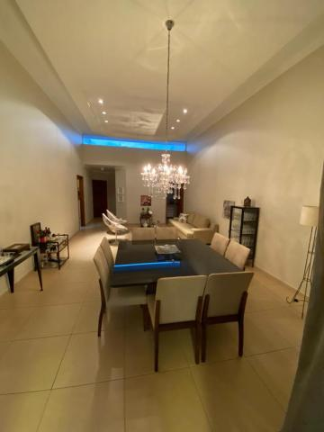 Alugar Casa / Condomínio em Bauru. apenas R$ 1.300.000,00