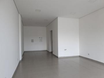 Alugar Comercial / Salão em Condomínio em Bauru R$ 2.500,00 - Foto 2