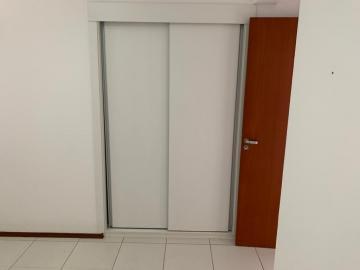 Alugar Apartamento / Padrão em Bauru R$ 1.000,00 - Foto 9