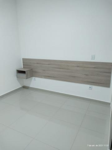 Alugar Apartamento / Padrão em Bauru R$ 1.300,00 - Foto 12